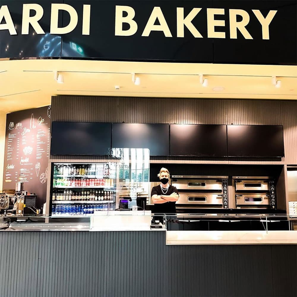 Mainardi Bakery - by Andrea Mainardi